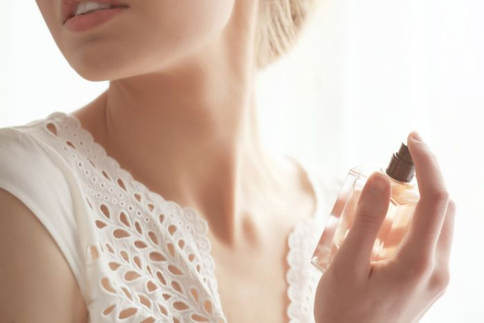 5-szokujacych-skandali-z-historii-perfum-1.jpg
