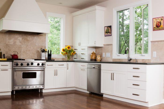 biala-kuchnia-z-pomyslem-jak-najlepiej-ja-urzadzic-2.jpg