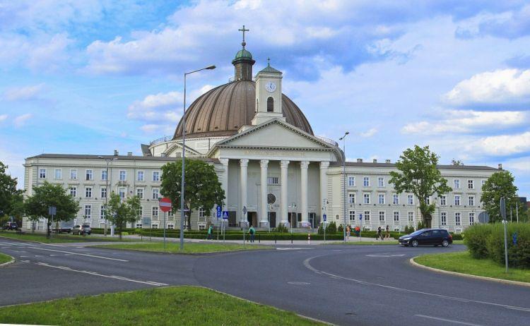bydgoszcz-bazylika.jpg