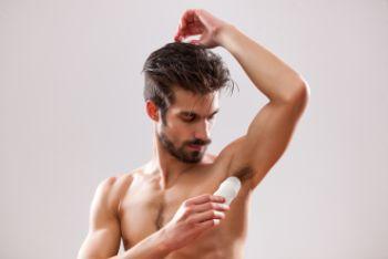 Spray czy roll-on? Jaki dezodorant wybraæ dla mê¿czyzny?