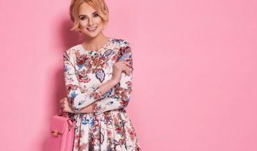 Eleganckie i wygodne - idealne sukienki na szczególne okazje