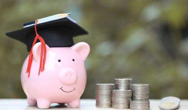 Jak przygotować się finansowo na początek roku akademickiego?