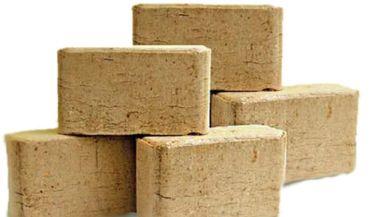 Brykiet drzewny oraz pellet jako popularne materiały opałowe