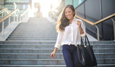 Dlaczego warto zdecydować się na torebkę typu shopperka?