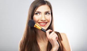 Jak wykonać makijaż?