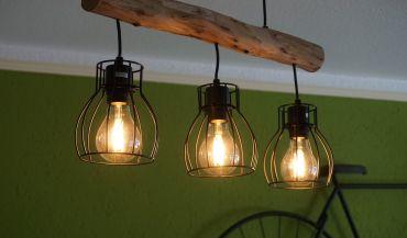 Jak dobrać lampy do salonu i jadalni?