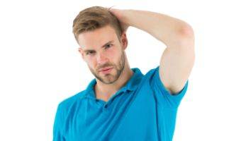 Plamy na ubraniach po antyperspirancie - jak ich unikn±æ?