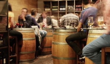 Sk±d bierze siê alkoholizm? Czynniki powoduj±ce uzale¿nienie