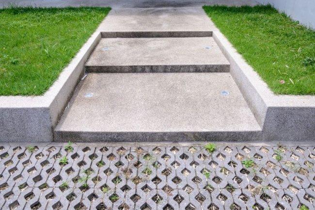 wp-3-rozne-rodzaje-plyt-chodnikowych-ktore-wybrac-1.jpg